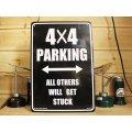 看板/プラサインボード 四駆車専用駐車場 4×4 Parking