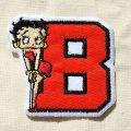ワッペン ベティブープ Betty Boop(B/レッド&ブラック)*メール便可