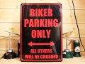 看板/プラサインボード バイカー専用駐車場 Biker Parking Only