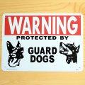 看板/プラサインボード 番犬に注意 Warning Guard Dogs ガードドッグス