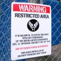 看板/プラサインボード ラージサイズ 規制区域 Warning Restricted Area