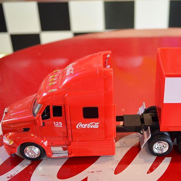 [Coca-Cola] Miniature Car - Paccar Peterbilt Long Hauler 1/43 / [コカコーラ] ミニチュアカー パッカー ピータービルト ロングホーラー 1/43スケール