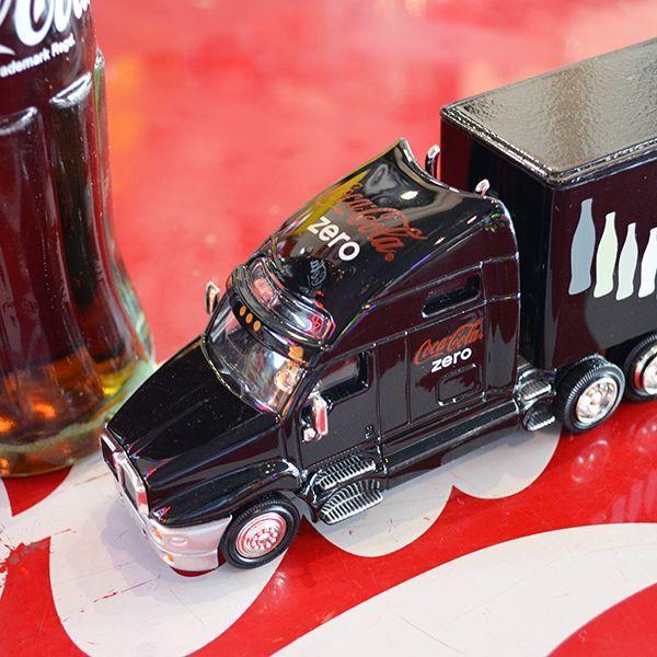 [Coca-Cola] Miniature Car - Coke zero Long Hauler 1/64/ [コカコーラ] ミニチュアカー コークゼロ ロングホーラー 1/64スケール